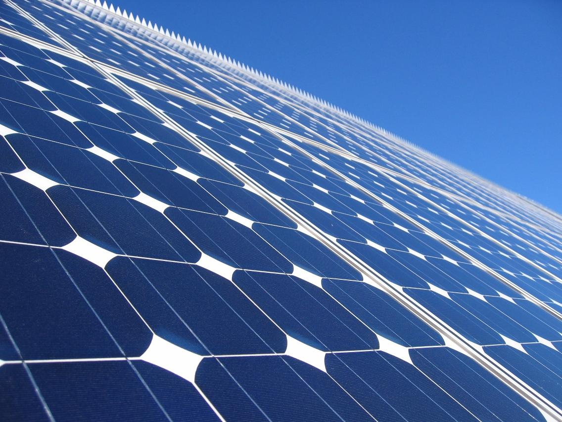 Faire installer des panneaux solaires photovolta ques for Prix de panneaux photovoltaique